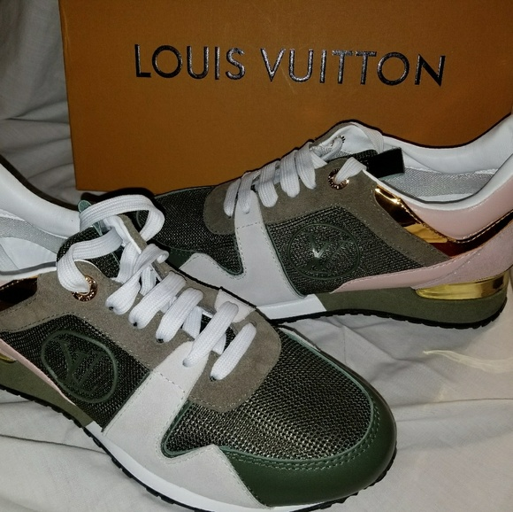 8527e4a47d LOUIS VUITTON